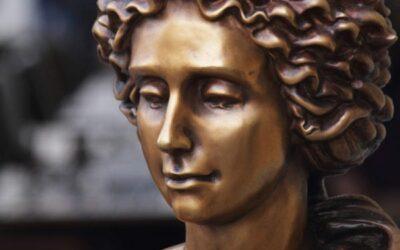Schönheit aus der Tragödie machen: die Tränen der Aphrodite