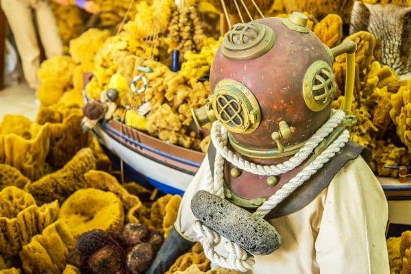 Griechische Tradition des Schwammtauchens